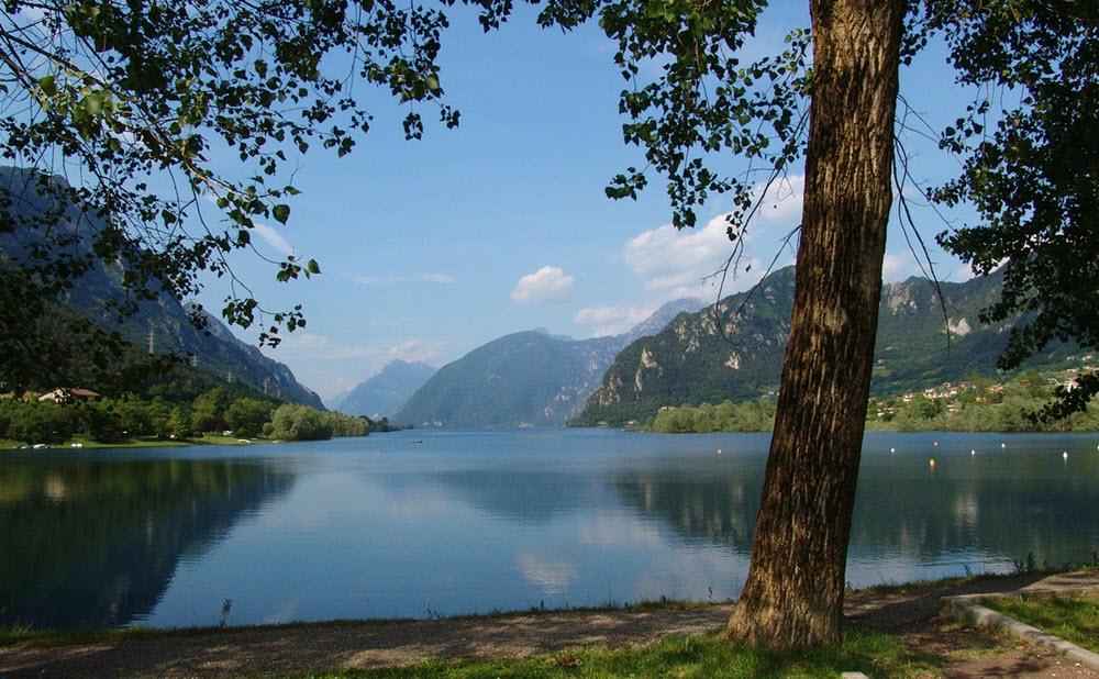 Lake of Pusiano